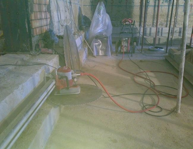 servizio di taglio pavimentazione