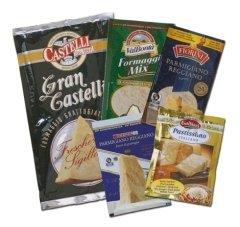 pacchetti di palstica, alimenti imballati, confezioni alimenti