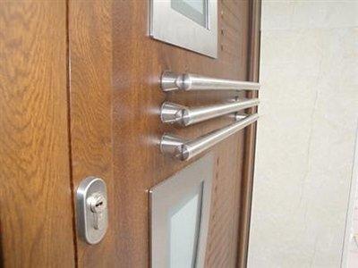 porta esterna in legno e alluminio