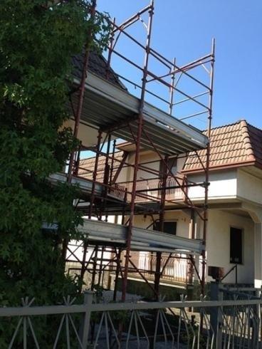 noleggio ponteggi per ristrutturazione case