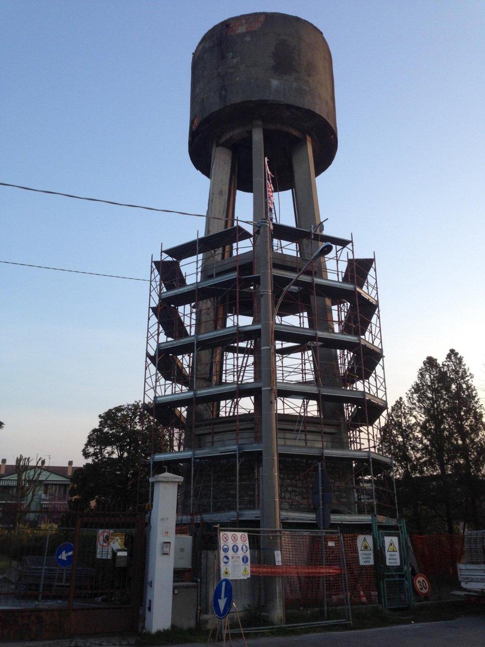 Nord Ponteggi - strutture particolari - Cisterna