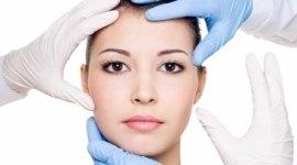 microchirurgia della mano, chirurgia estetica del viso, chirurgia della mano
