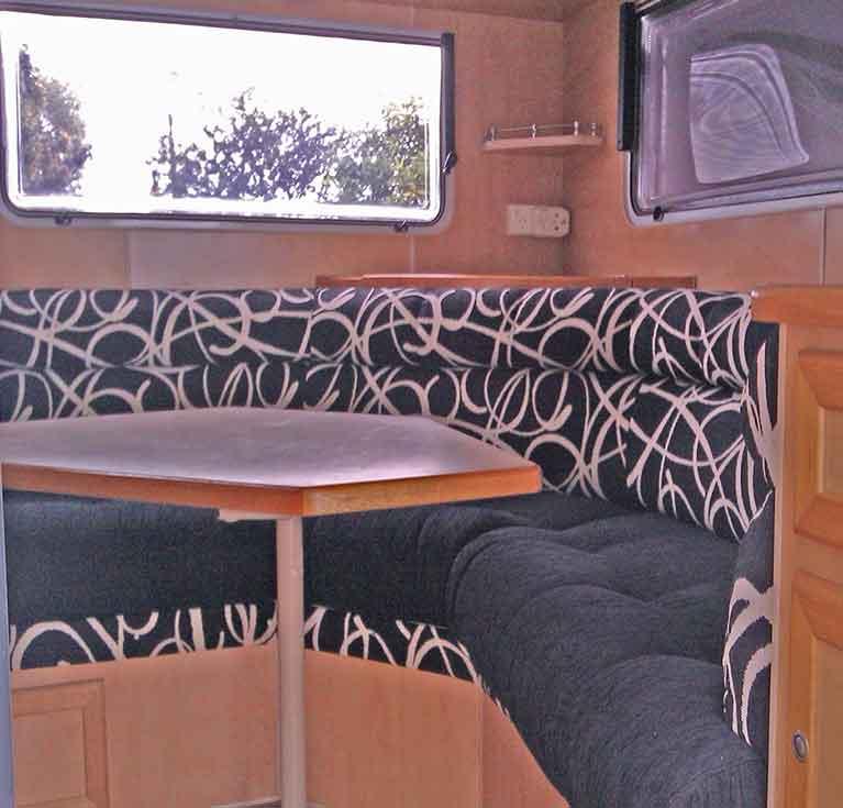 caravan_seat