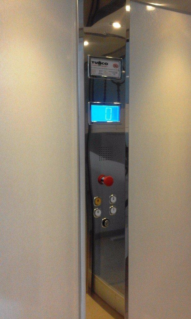 pulsantiera di un elevatore