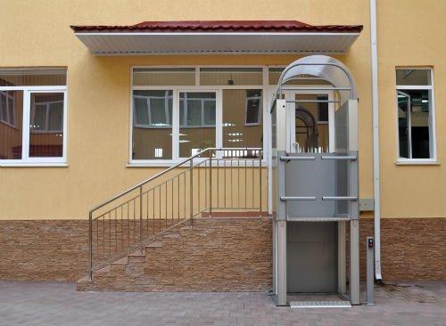 ascensore per la terza età