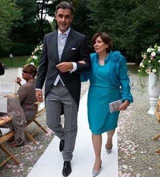 abbigliamento da uomo su misura, abiti da cerimonia, accessori di moda