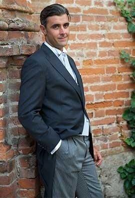abiti eleganti, camicie, accessori moda maschile