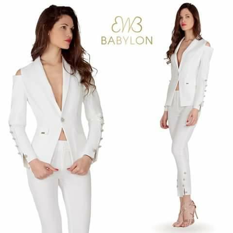 completo bianco elegante Babilon