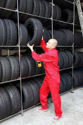 Free fitting - Epsom - K & P Tyres (Ewell) Ltd - Tyres