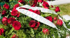 Allestimento floreale per servizi funebri