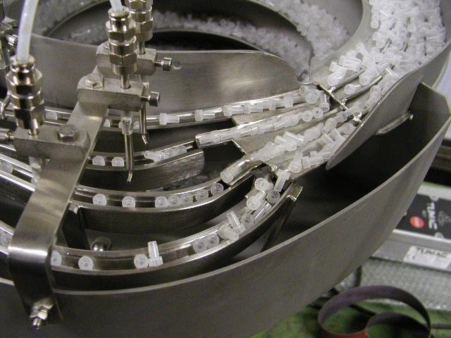 vibratory feeders for the pharmaceutical sector