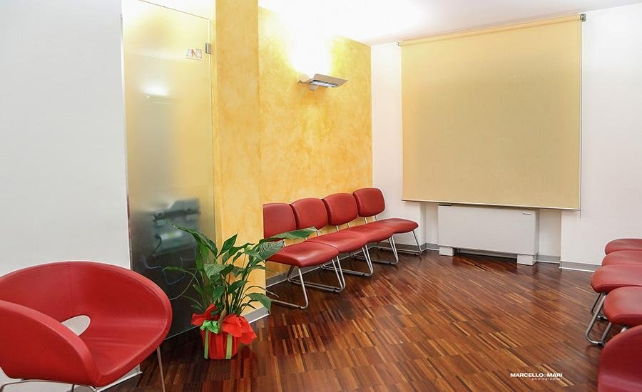 sala d'aspetto del centro odontoiatrico