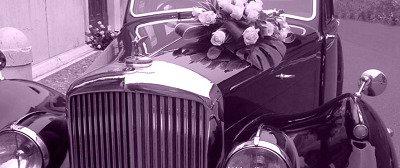 auto vintage con addobbi per matrimonio