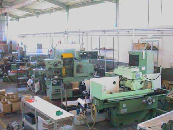 Produzione macchine per assiali