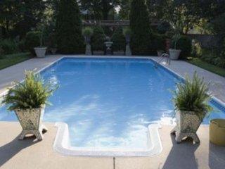 Manutenzione e pulizia piscine