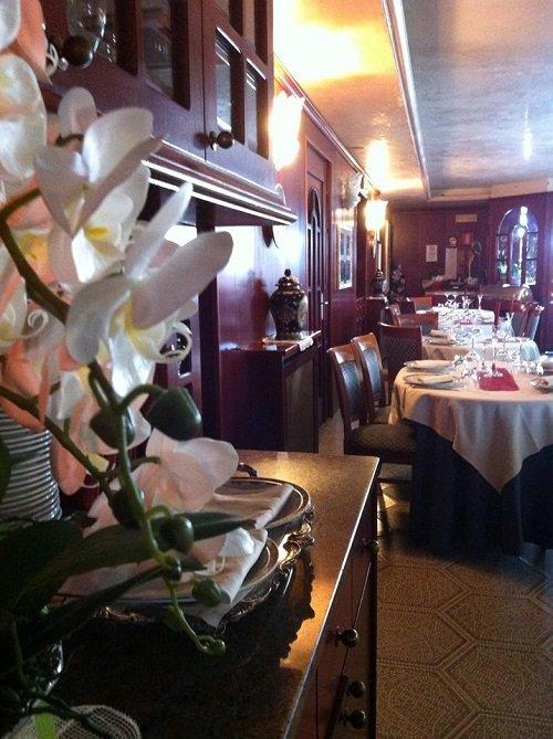 dettaglio della sala interna del ristorante