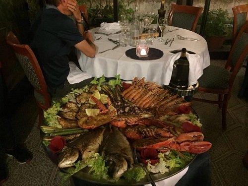vassoio di pesce grigliato