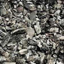 Carbone e legna da ardere