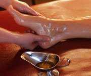 ayurvedic foot massage