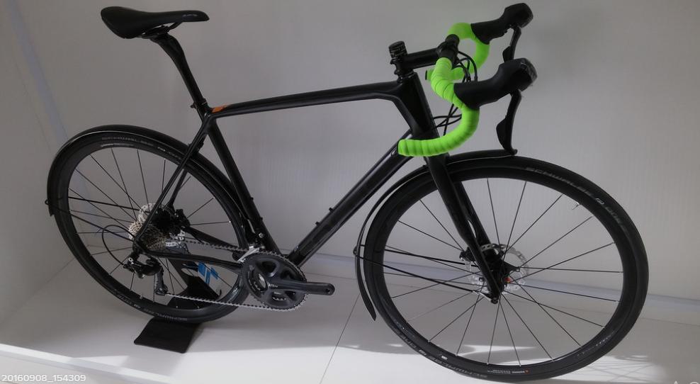 black cycle