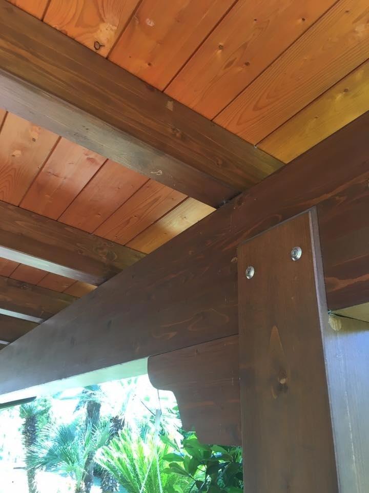 coperture e lavori in legno lamellare vista sotto