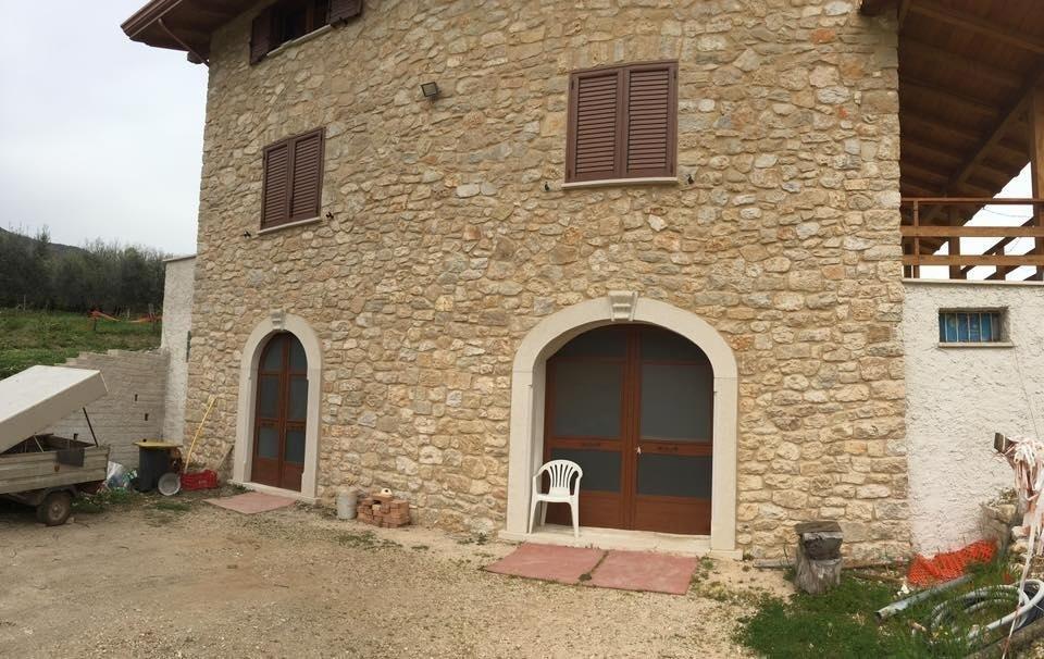 mura portanti in pietra