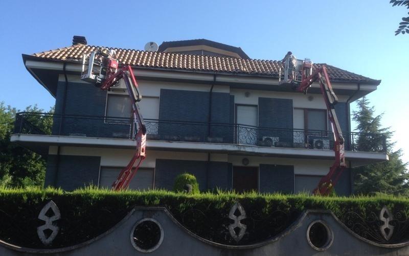 macchinari per manutenzioni tetti