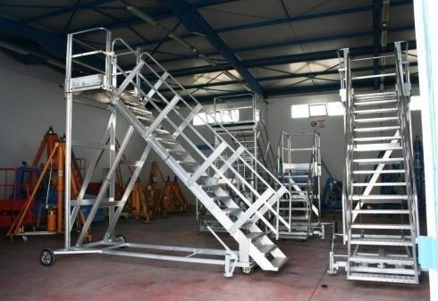 piattaforme aeree per manutenzione aeromobili torino