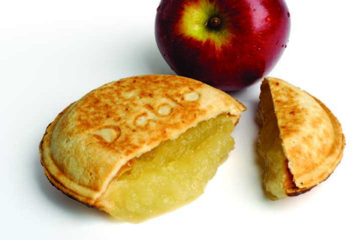 Apple pie with shortcrust pastry