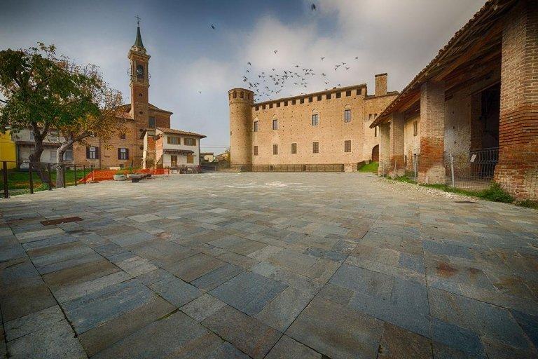 Piazza Calendasco