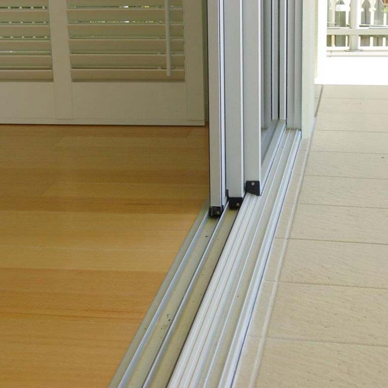 Glass products hobart ausflet glass aluminium for Multi track sliding glass doors