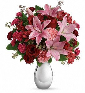Teleflora's Moonlight Kiss Bouquet Deluxe