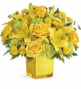 Teleflora's Sunny Mood Bouquet Premium