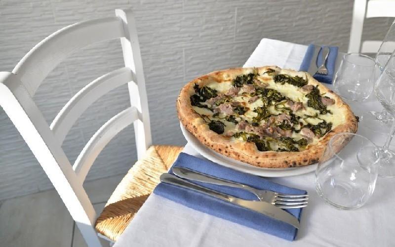 Specialità di pizza Napule È