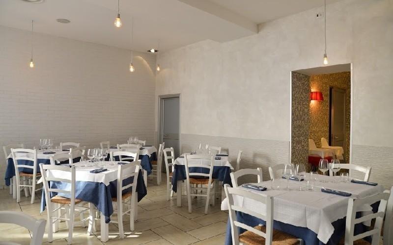 Sala pizzeria Napule È