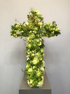 Croce floreale