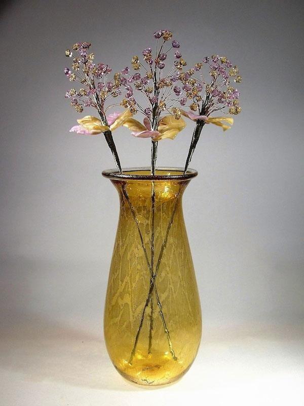 Lavorazione fiori in vetro murano