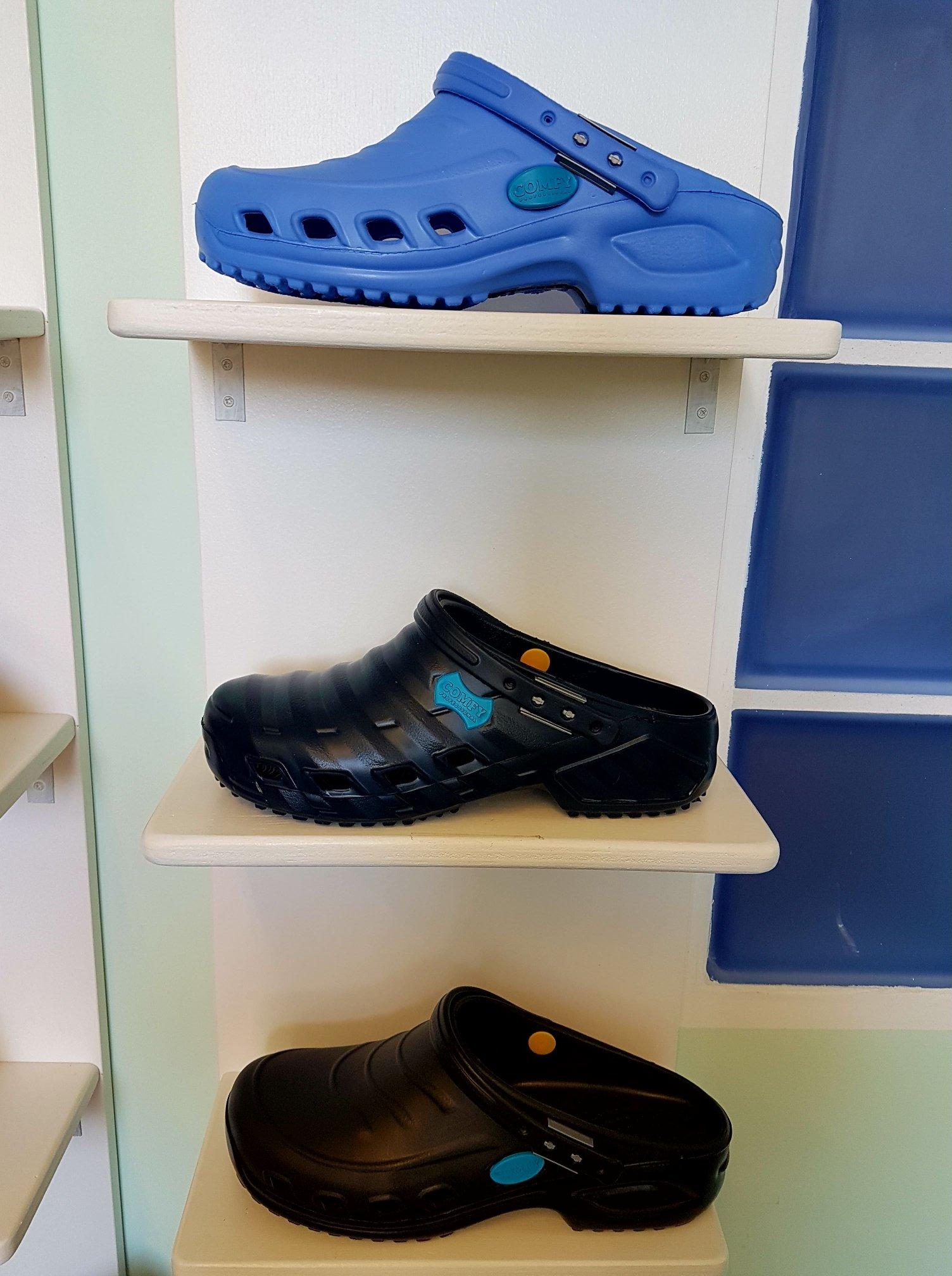 scarpe esposte