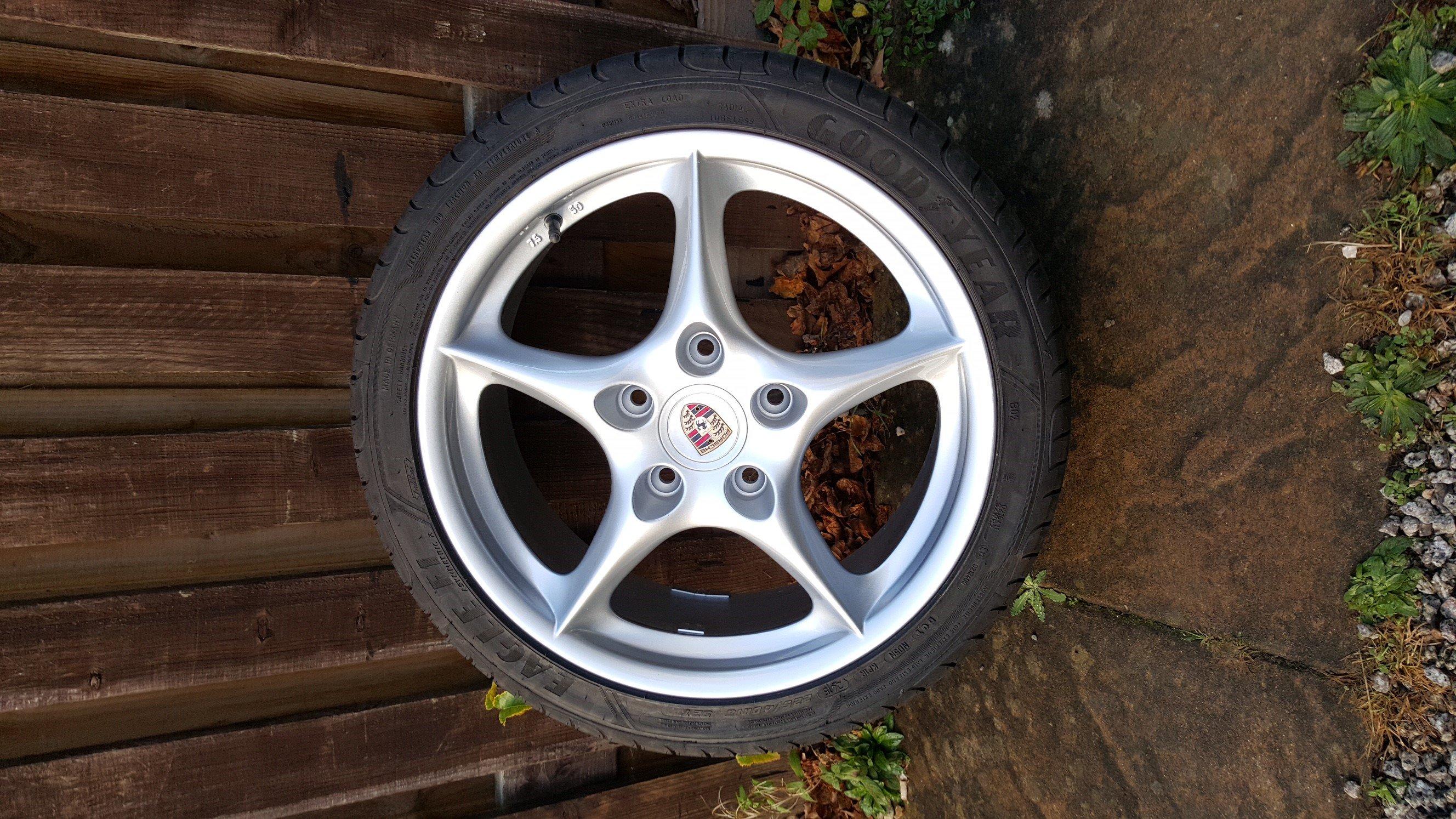 4 spoke alloy wheel