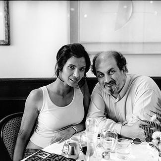 Salman Rushdie e Padma Lakshmi