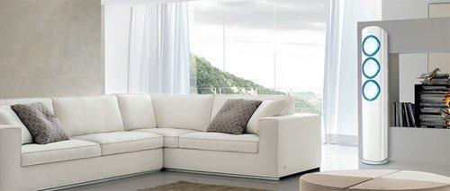 soggiorno climatizzato con divano