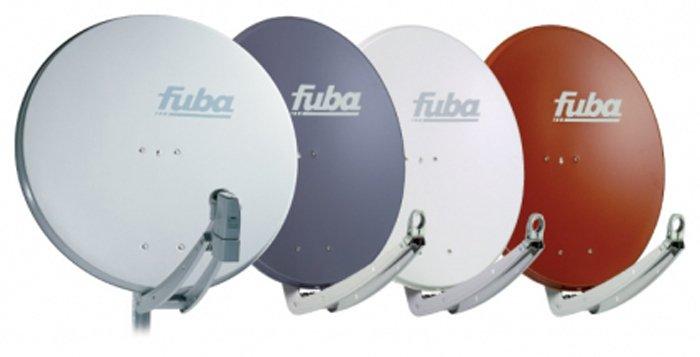 fila di antenne satellitari Fuba