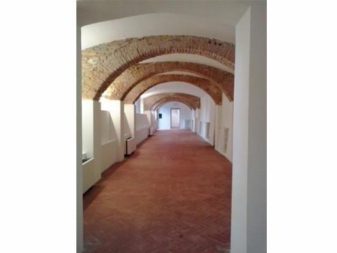 pavimento  in edificio storico dopo intervento pulizia
