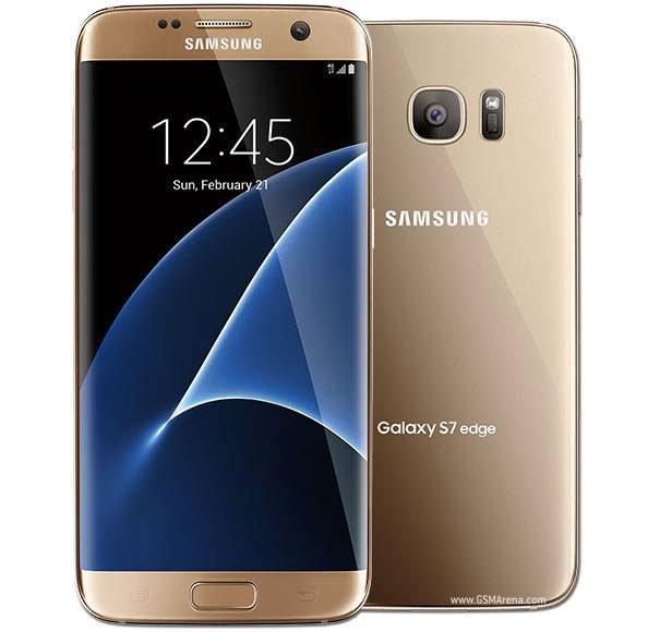uno smartphone Samsung Galaxy S7 Edge dorato
