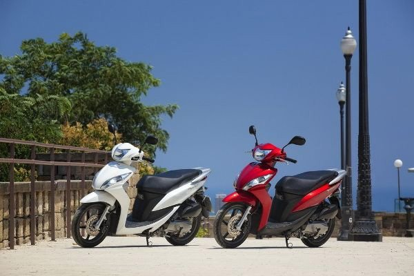 Scooter and Moped Hire   Kickstart Moped Hire   Norfolk, Cambs & Suffolk border