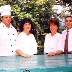 Lo staff del ristorante La Pineta