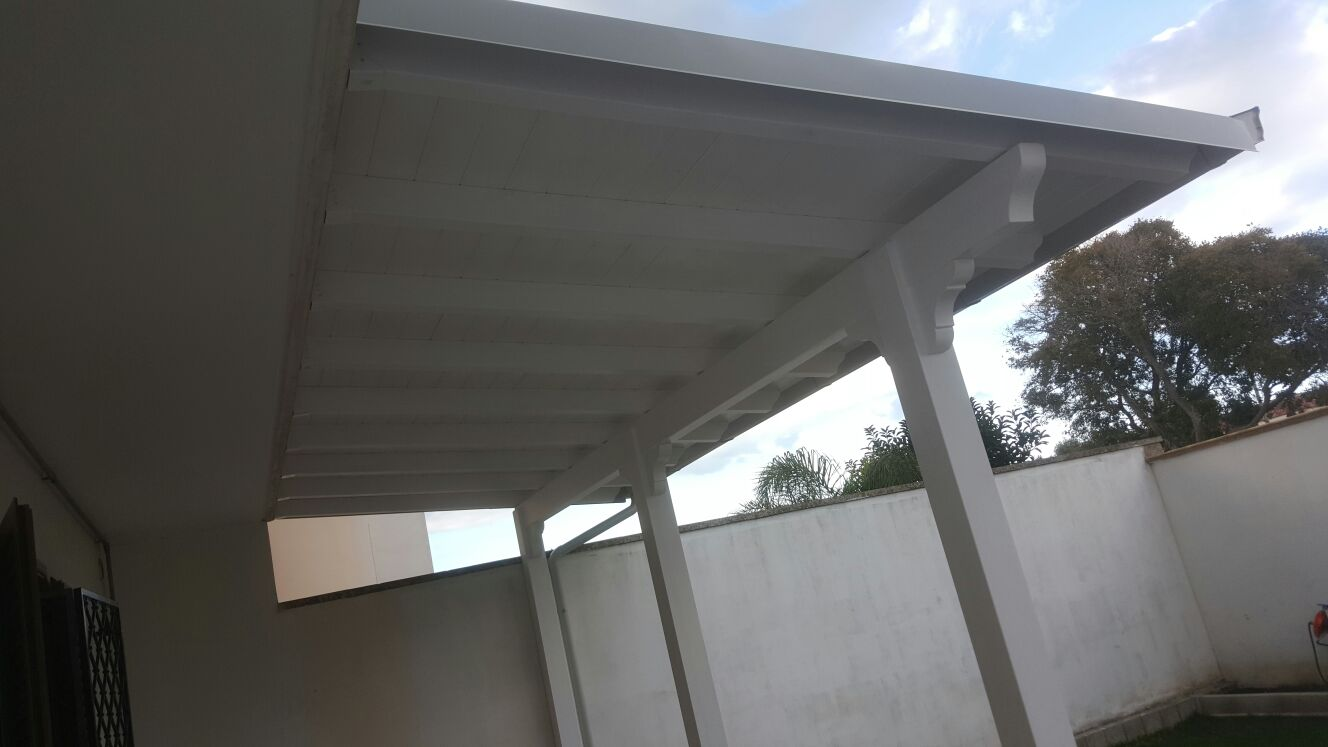 Tetto in legno bianco awesome tetto spazzolato bianco progetto legno roma con tetti in legno - Tetto in legno bianco ...