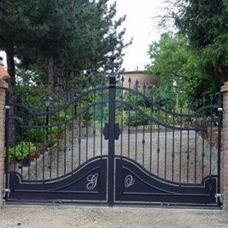 cancello carrale due battenti