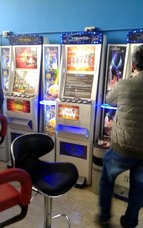 Slot machine varie