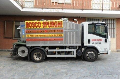 camion spurghi con pompe